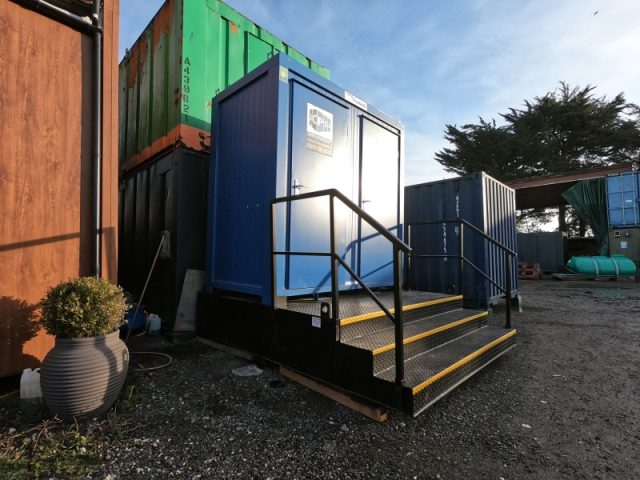 8ft x 5ft NEW BUILD 1+1 TOILET BLOCK / MALE AND FEMALE TOILET WITH A WASTE TANK
