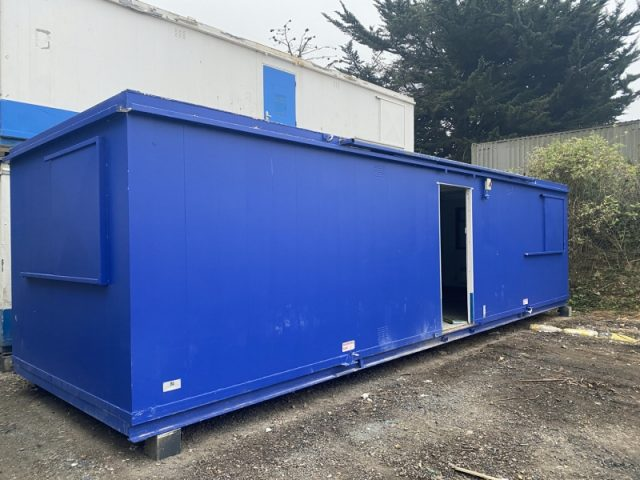 32ft x 10ft SITE OFFICE PORTABLE BUILDING OPEN PLAN GOOD CONDITION