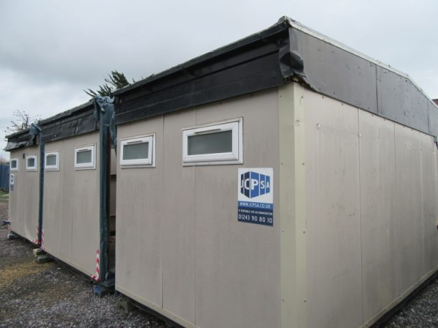 20ft x 30ft 3 BAY MODULAR BUILDING, TOILETS, CHANGING ROOM, OFFICE?? CANTEEN??