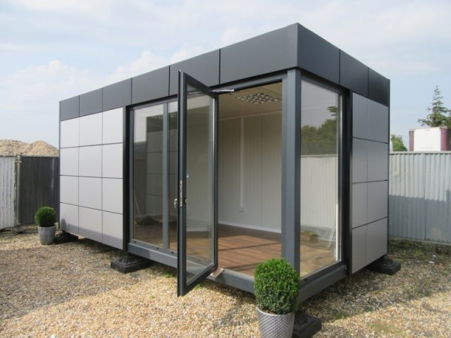 20ft x 10ft MARKETING SUITE, SHOWROOM, SALES OFFICE MODERN LOOKING HOSPITALITY UNIT