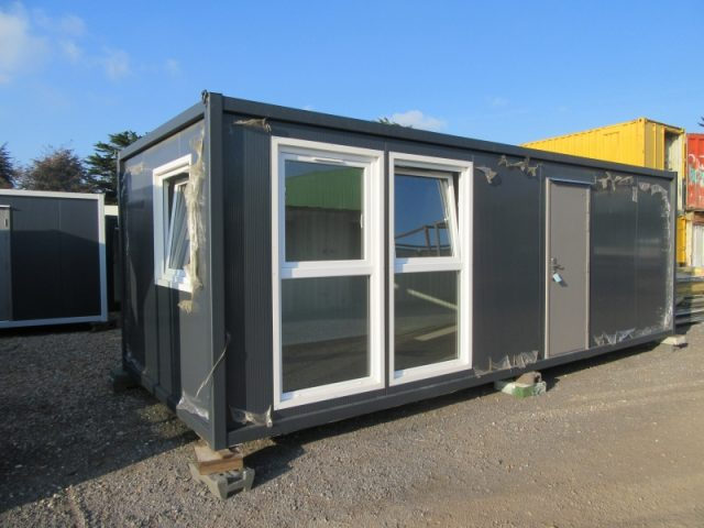24ft x 10ft PORTABLE SITE OFFICE, SITE CABIN, PRE FAB BUILDING